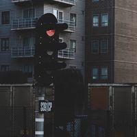 Consiguen alterar los semáforos de una ciudad para causar retrasos en el tráfico: sólo hay que crear ciclistas falsos