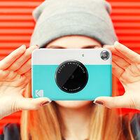 El mejor regalo para el Día de la Madre: una cámara instantánea Kodak Printomatic por menos de 60 euros