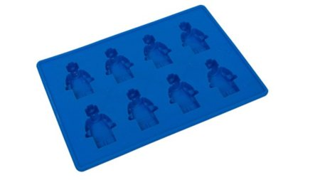 Cubitos de hielo con forma de figuras de LEGO