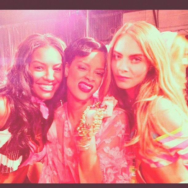 Rihanna VS