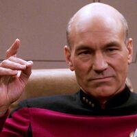 """Patrick Stewart quiere un crossover de 'Star Trek' y 'Star Wars': """"Hemos fantaseado con un universo combinado"""""""