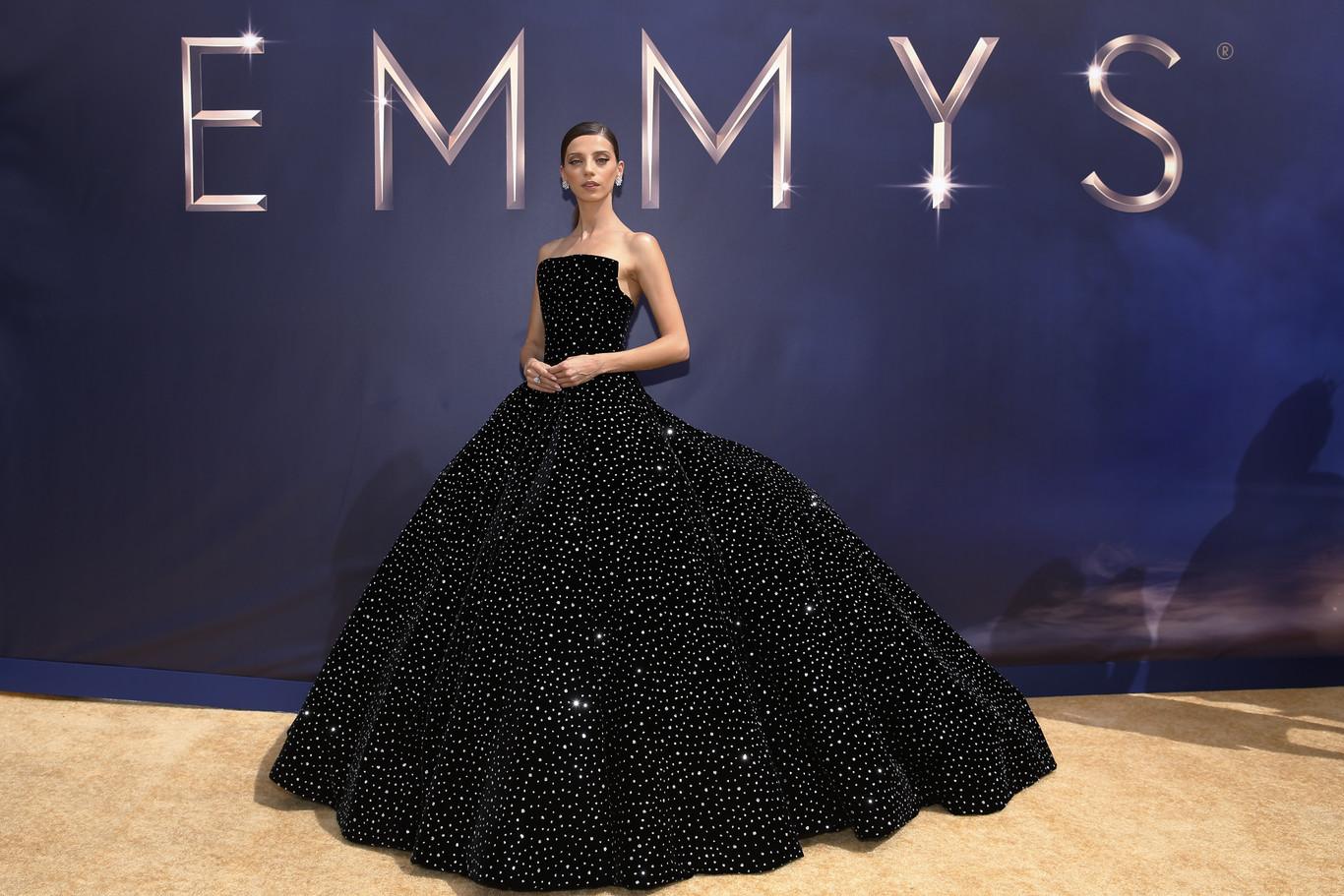 264c22b2c8 Premios Emmy 2018  las mejores vestidas de la alfombra roja
