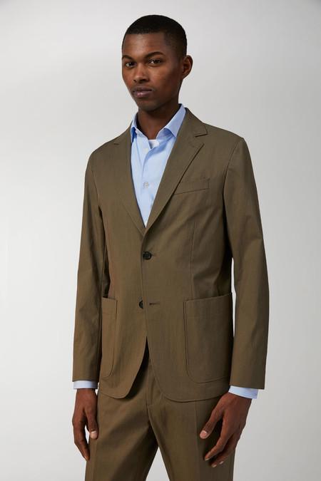 Arket Nos Ofrece Una Vision Moderna Del Tailoring De Primavera Con 180 Anos De Tradicion En Lana