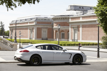 Porsche E-Challenge 4