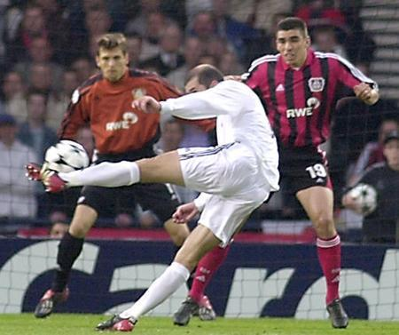 Leverkusen, Zidane