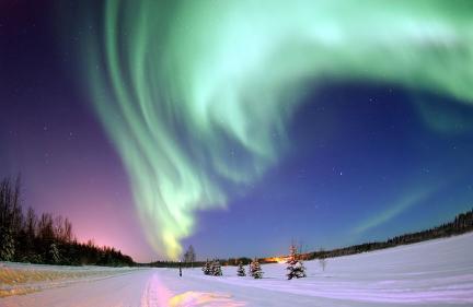 Aurora boreal en Alaska (Wikipedia)