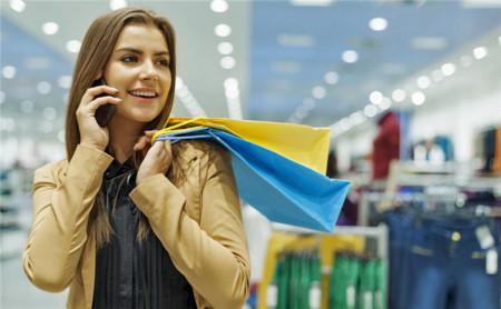 Amazon y Apple quieren ser nuestras carteras digitales en tiendas físicas