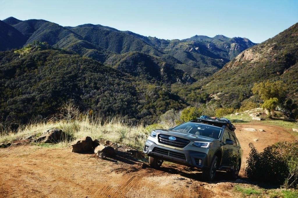 Foto de Subaru Outback se revela en el AutoShow de Nueva York (5/13)