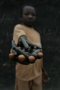 Al menos 15 países siguen reclutando menores para ser utilizados en conflictos armados