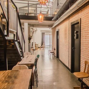 Estilo industrial y vintage se unen en LaNave, un nuevo Hostel en Madrid realmente ecléctico