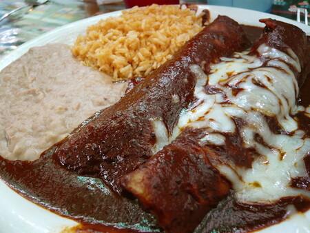 Las ocho variedades de enchiladas mexicanas tradicionales  más famosas