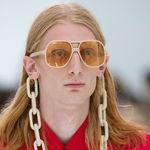 Clonados y pillados: las cadenas XL de Gucci para nuestras gafas las encontramos en Urban Outfitters