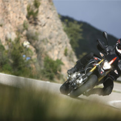 Foto 11 de 30 de la galería aprilia-dorsoduro-factory-2010 en Motorpasion Moto