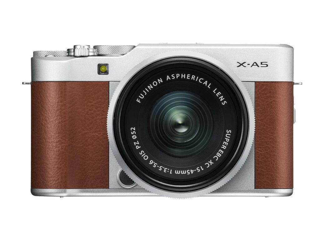 Fujifilm presenta su nueva X-A5, la cámara de bajo presupuesto para amantes de las selfies