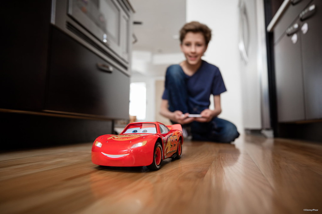 Regalos originales para amantes de los coches Sphero Rayo McQueen