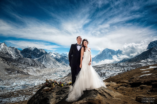 Boda Everest Charleton Churchill 1