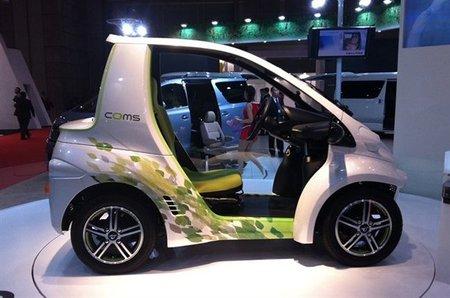 Toyota presenta el COMS Concept EV