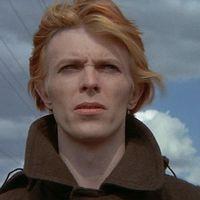 'El hombre que cayó a la Tierra': la novela que popularizó David Bowie tendrá una nueva adaptación en forma de serie