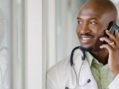 Buscar una segunda opinión médica vía SMS: un riesgo para la privacidad del paciente