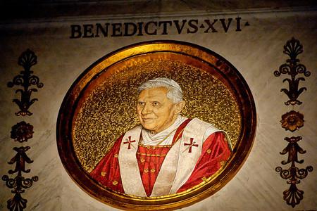 Benedicto XVI y la actual crisis mundial