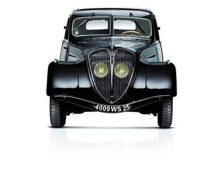 Peugeot 402aniversario