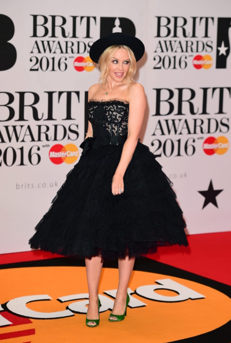 Kylie Minogue Brit 2016