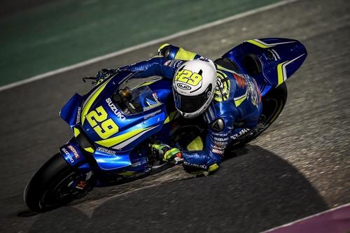 Andrea Iannone se recompone para ser el más rápido el segundo día de test en Catar