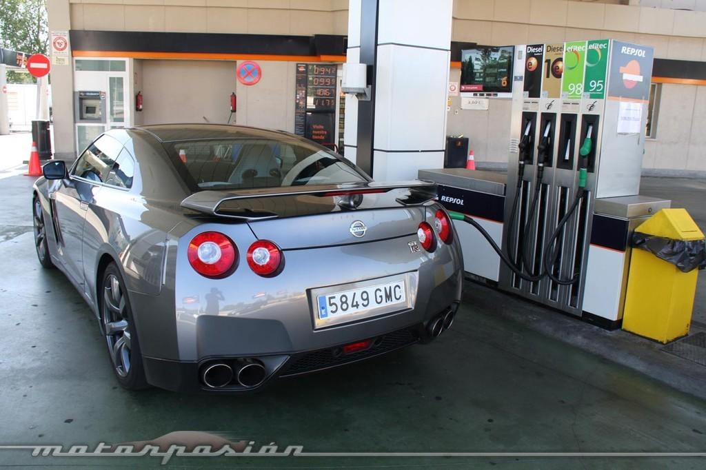 Foto de Nissan GT-R (prueba) (28/49)