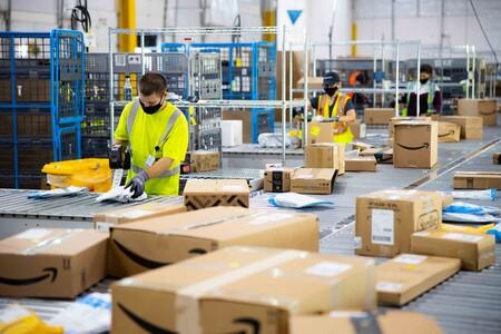 El algoritmo que penaliza tus datos de productividad por ir al baño: así es el sistema que Amazon va a cambiar ante las denuncias por lesiones laborales