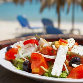 Cuida tu dieta este verano: lo mejor y lo peor que puedes escoger en el chiringuito