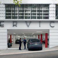 Tesla abre dos nuevos centros de servicio en Madrid y Valencia, ampliando su red en España