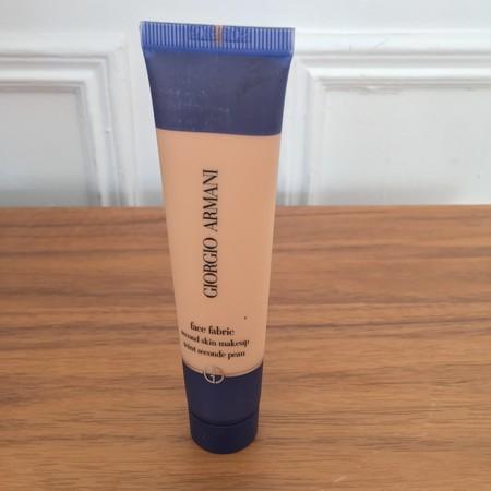 Probamos la nueva base maquillaje Face Fabric de Armani con efecto segunda piel