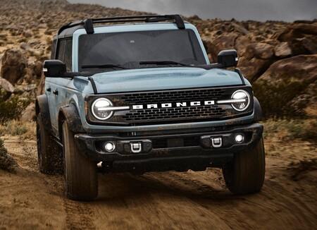 Ford Bronco 4 Door 2021 1600 09