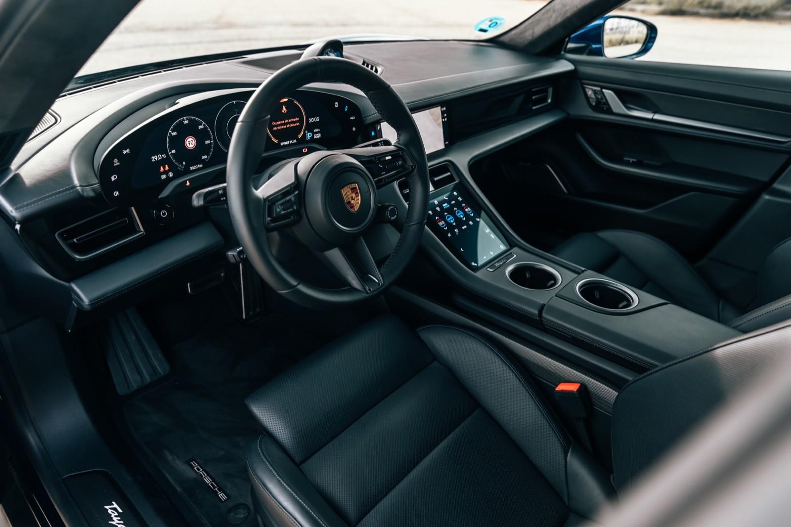 Foto de Porsche Taycan Turbo S (prueba) (8/31)