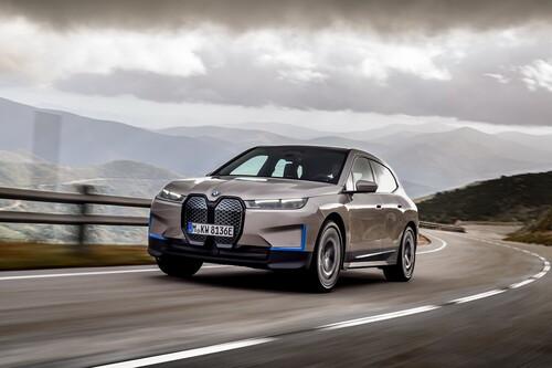 El BMW iX evoluciona la gama i: un SUV eléctrico y conectado, con más de 600 km de autonomía