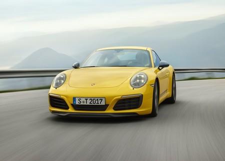 Sin estéreo, pero con caja manual. Así de purista es el Porsche 911 Carrera T