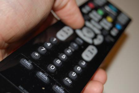 ¿Cómo reprogramar mi televisión?