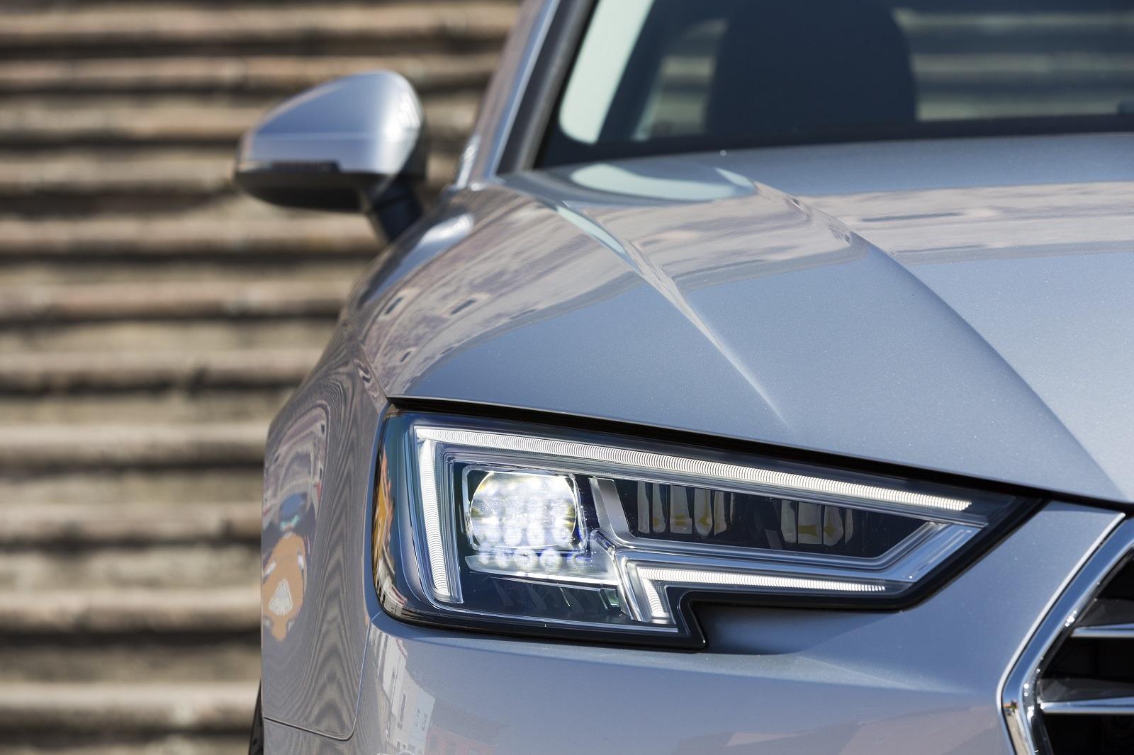Audi A4 2017 16 19
