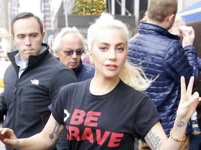 Lady Gaga más sencilla y guapa que nunca por las calles de Nueva York ¿Donde quedaron sus excentricidades?