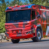 El Rosenbauer RT es un camión de bomberos eléctrico y ya está listo para apagar fuegos en Europa