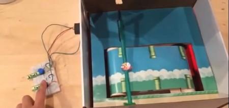 "Un ""clon"" de Flappy Bird se desarrolló en una caja."