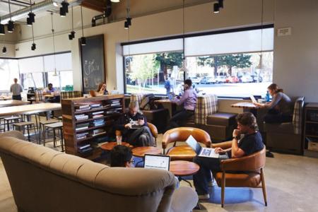 Unos 10.000 empleados de Google piden ser recolocados o trabajar de forma remota: la compañía aprueba el 85% de las solicitudes
