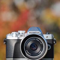 El mercado fotográfico parece recuperarse y la Olympus OM-D E-M10 Mark III se alza como la cámara más vendida en 2020 en Japón