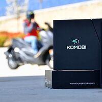 Probamos el Komobi: un localizador GPS preciso y práctico para tener nuestra moto bien controlada, desde 127 euros