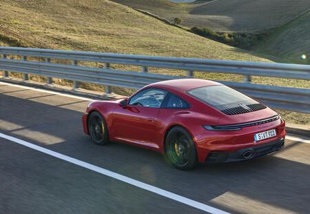 Porsche 911 Carrera GTS 2021