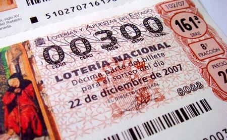 Especial ahorro navidad: ¿qué hacer si nos toca la lotería?