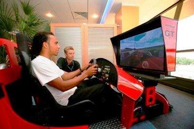Hamilton probará el McLaren en Jerez
