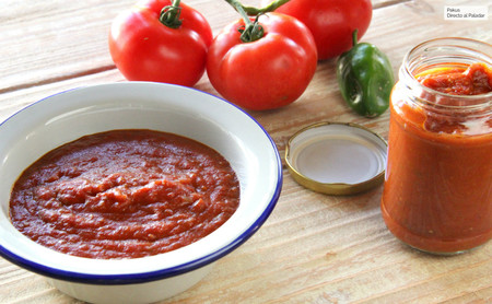 Fritá andaluza de tomate, la mejor salsa de tomate frito para tus platos de pasta (y todas las recetas en las que uses tomate)