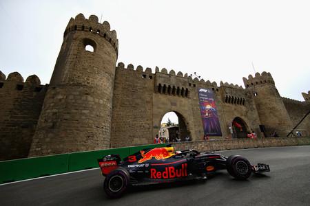 Ricciardo Baku F1 2018