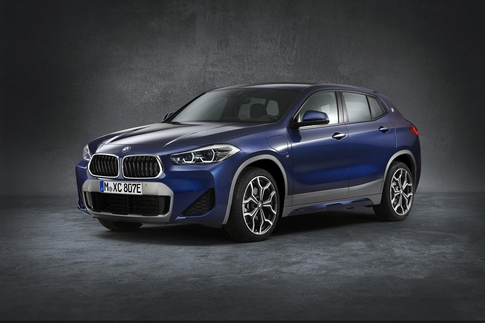 Foto de BMW X2 xDrive25e 2021 (47/53)
